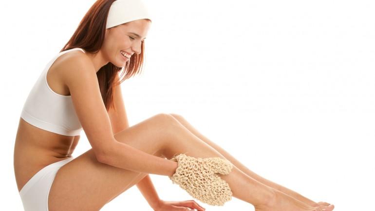 Woman with sisal glove