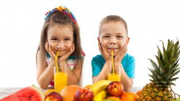 ¡10 consejos para que tu hijo coma bien y crezca sano!